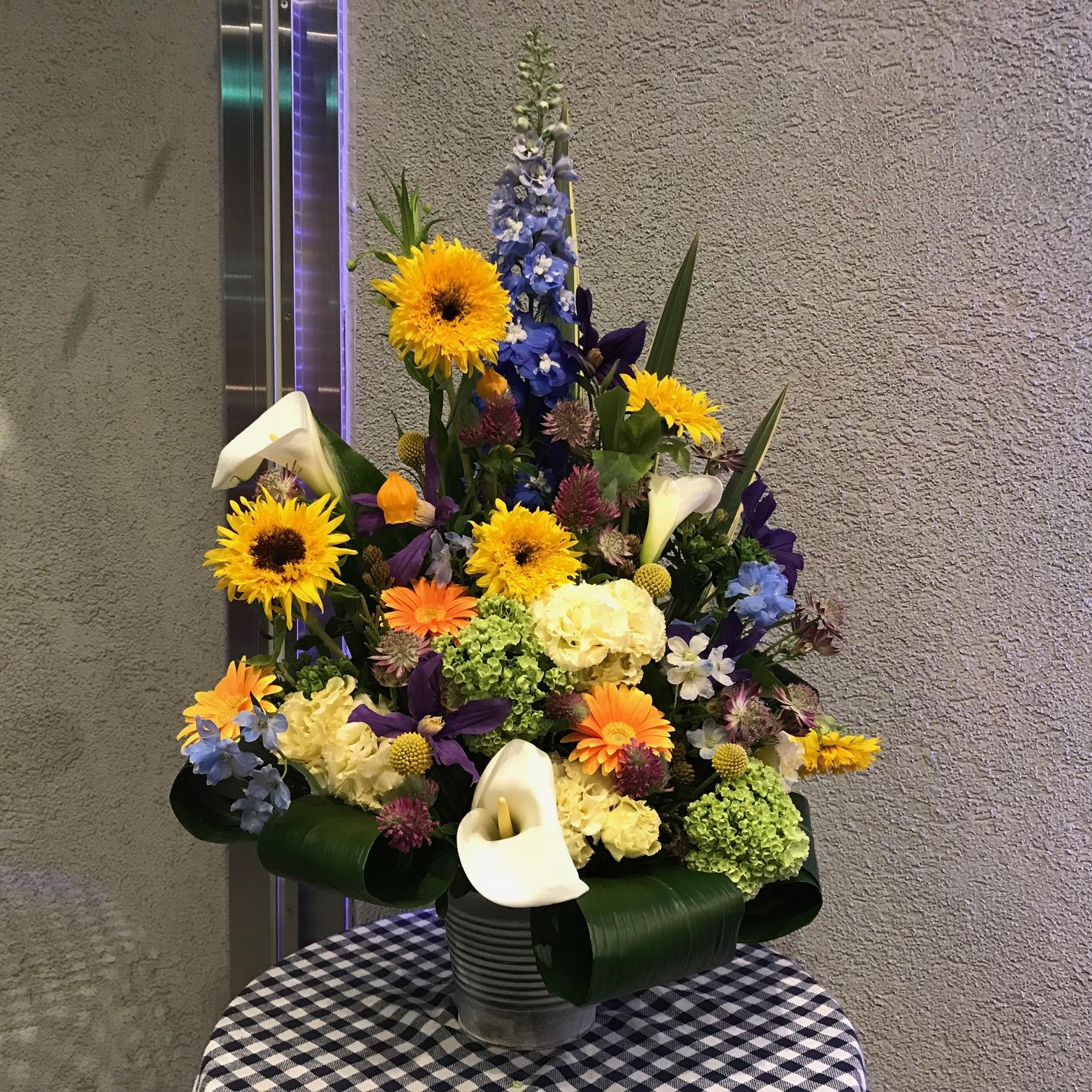 フロント前の花♡